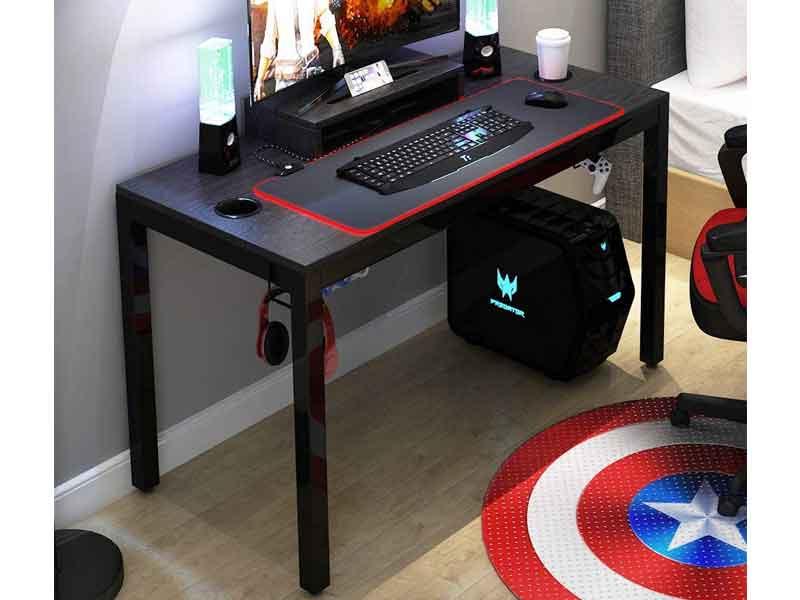 Migliore scrivania gaming con porta cavi