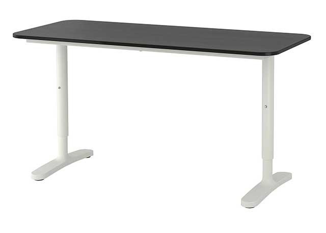 Scrivania economica bekant IKEA per giocare colore nero solida e robusta