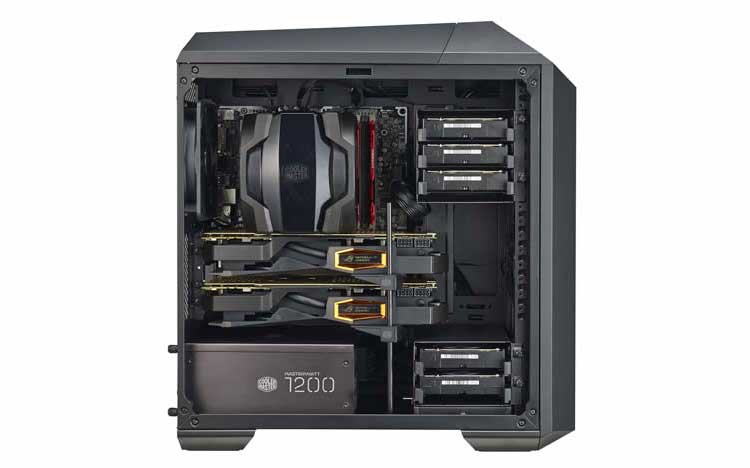 Vista laterale del mini case pc Cooler Master Mastercase Pro