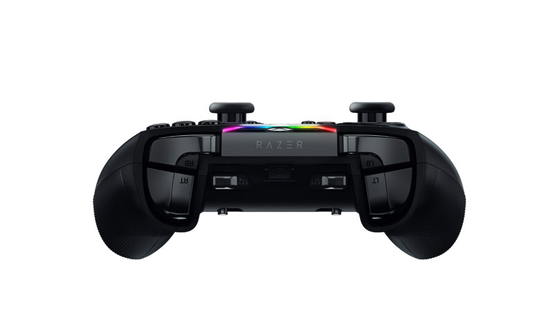 Joystick Xbox One Razer Wolverin TE visto da davanti