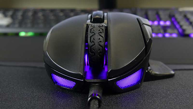 Recensione Corsair nightsword RGB  fronte