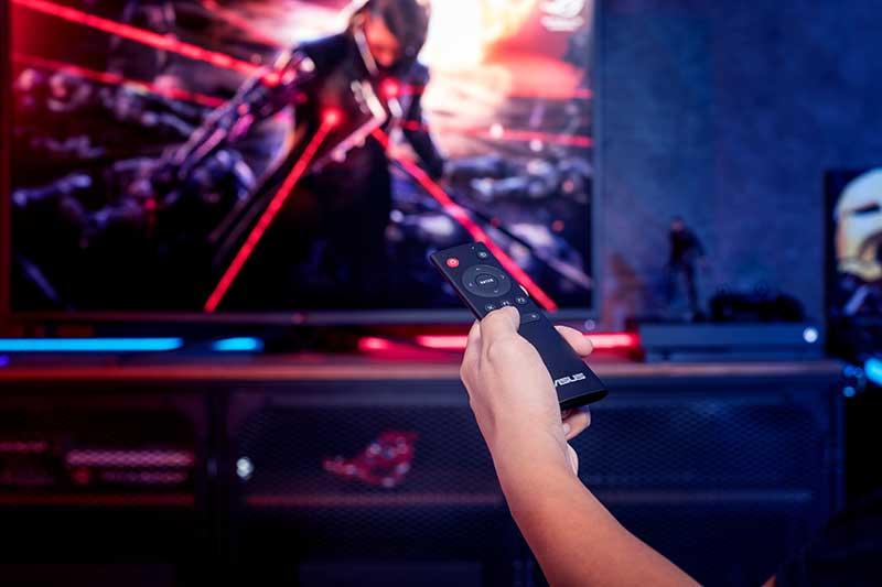 Monitor gaming con telecomando