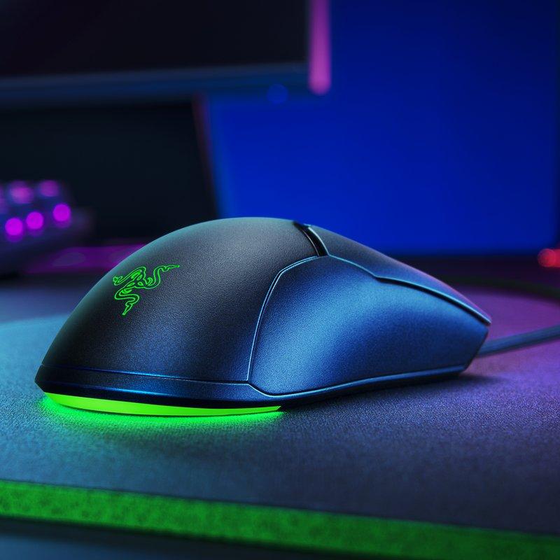 Foto mouse razer con led verde