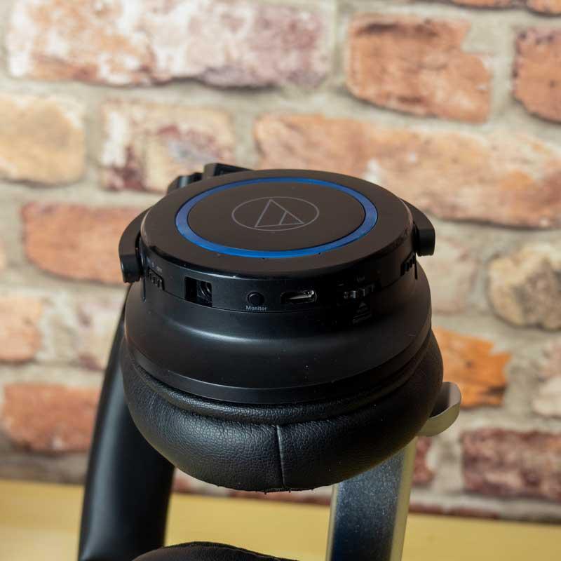 Recensione Audio technica ATH-G1WL controlli cuffie